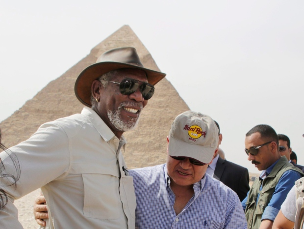 Morgan Freeman Uninjured After His Plane Forced To Make