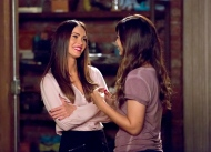 "In this image released by Fox, Megan Fox, left, and Hannah Simone appear in a scene from ""New Girl."" (Ray Mickshaw/FOX via AP)"