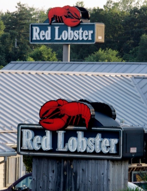 In this June 20, 2005, file photo, a Red Lobster restaurant is seen in Fairview Heights, Ill. (AP /James A. Finley)