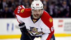 In this Feb. 27, 2016, file photo, Florida Panthers' Jaromir Jagr, of the Czech Republic, plays against the Columbus Blue Jackets during an NHL hockey game in Columbus, Ohio. (The Canadian Press/AP/Paul Vernon)