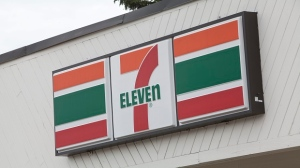 7-Eleven convenience store file photo. (Francis Vachon/THE CANADIAN PRESS IMAGES)