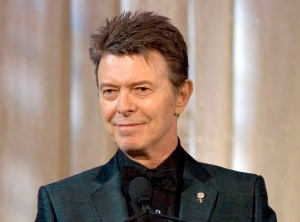 FILE - In this June 5, 2007 file photo, singer David Bowie accepts the lifetime achievement award at the 11th Annual Webby Awards in New York. (AP Photo/Stephen Chernin, File)