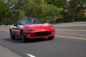 2016 Mazda MX-5 interior. MEDIA.MAZDA.CA.