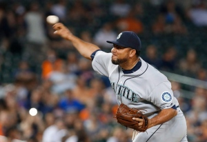Seattle Mariners relief pitcher Joaquin Benoit throws against the Detroit Tigers in the eighth inning of a baseball game in Detroit, Monday, June 20, 2016. The Toronto Blue Jays traded right-handed reliever Drew Storen and cash considerations to the Seattle Mariners late Tuesday night in exchange for right-handed pitcher Joaquin Benoit. THE CANADIAN PRESS/AP, Paul Sancya