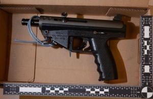 An AR 9 carbine machine pistol that was allegedly seized during an arrest in North York is shown. (Toronto Police Service)