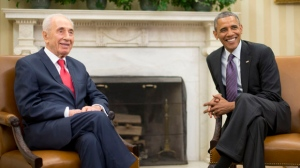 FILE - In this June 25, 2014, file photo, President Barack Obama, right, meets with Israeli President Shimon Peres in the Oval Office of the White House in Washington. Shimon Peres, a former Israeli president and prime minister, whose life story mirrored that of the Jewish state and who was celebrated around the world as a Nobel prize-winning visionary who pushed his country toward peace, has died, the Israeli news website YNet reported early Wednesday, Sept. 28, 2016. He was 93. (AP Photo/Pablo Martinez Monsivais, File)