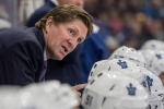 Toronto Maple Leafs head coach Mike Babcock speaks to his players as they take on the Ottawa Senators during the first period of an NHL pre-season hockey game in Saskatoon on  Tuesday, Oct. 4, 2016. (The Canadian Press/Liam Richards)