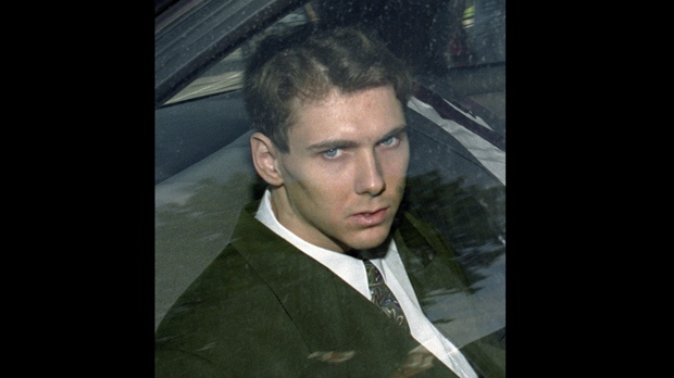 paul bernardo karla homolka Could you love somebody so much that you would kill for them paul bernardo and karla homolka did since the first time they met, they knew they were meant for each other once kindled, their lustful relationship grew into one that led them deeper into sexual experimentation they both had manipulative.