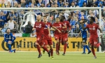 Toronto FC's Michael Bradley (4) celebrates with teammates after scoring against the Montreal Impact during second half soccer action of the first leg of the MLS eastern conference final at the Olympic Stadium in Montreal, Tuesday, November 22, 2016. THE CANADIAN PRESS/Graham Hughes