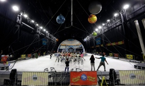 "Ringling Bros. and Barnum & Bailey Circus entertainers are shown during a rehearsal for ""Out of This World"" on Wednesday, June 1, 2016, in Palmetto, Fla. (AP Photo/Chris O'Meara)"