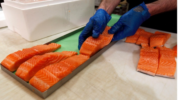 seafood labels, salmon