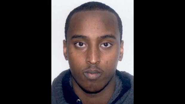 A Canada-wide warrant has been issued for a 20-year-old man, Mohamud Kheyre, accused of killing a teenager at a Mississauga lounge last February. (Peel Regional Police)