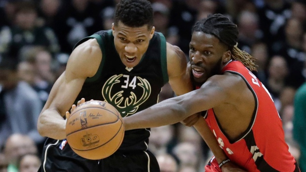Bucks take 2-1 lead over Raptors