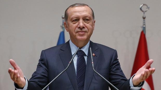 Turkey's president rejoins ruling party after referendum win