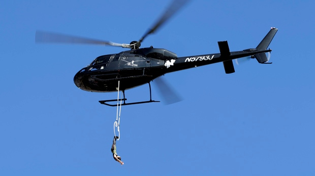 Wallenda wife to dangle by her teeth over Niagara Falls