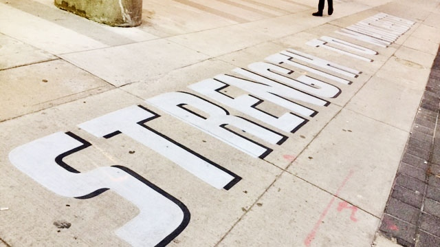 "A mural with a message of solidarity, ""Strength to Manchester"" was painted outside the British Consulate in downtown Toronto on May 23, 2017 to pay tribute to victims of the Manchester bombing. (Cristina Tegnalia/CP24)"