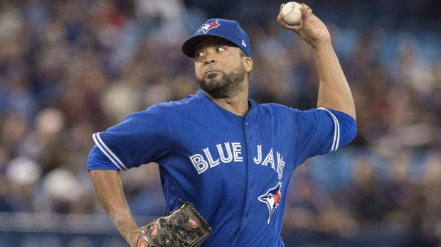 Morales hits tiebreaking homer, Blue Jays beat Reds 6-4