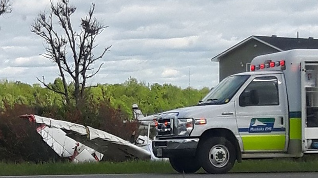 2 dead in small plane crash off Highway 11 near Muskoka airport