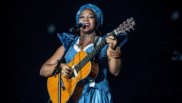 SongVersation - India.Arie | Songs, Reviews, Credits ...