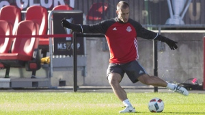 Toronto FC Benoit Cheyrou takes part in a training session, in Toronto on Friday, December 9, 2016, ahead of the MLS Cup final against the Seattle Sounders. THE CANADIAN PRESS/Chris Young