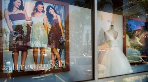 A window display is seen at Alfredo Angelo bridal store in West Covina, Calif., Friday, July 14, 2017. Florida-based bridal retailer Alfred Angelo shuttered its 60 U.S. stores and filed for Chapter 7 bankruptcy liquidation in July, leaving brides-to-be around the world without the gowns they had already ordered. THE CANADIAN PRESS/AP, Los Angeles Daily News - Walt Mancini