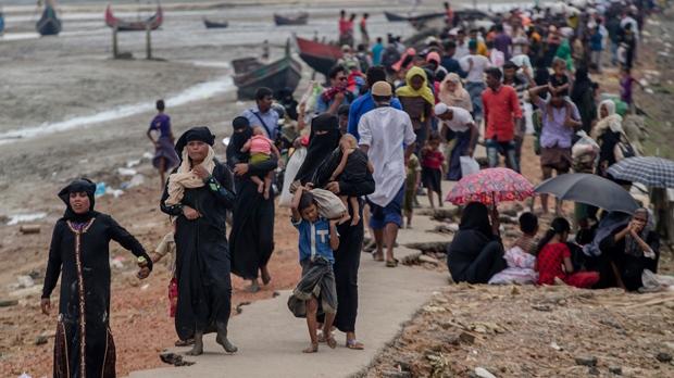 Rohingya escape