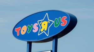 """A Toys """"R"""" Us sign is seen Tuesday, September 19, 2017 in Montreal. (Paul Chiasson/THE CANADIAN PRESS)"""
