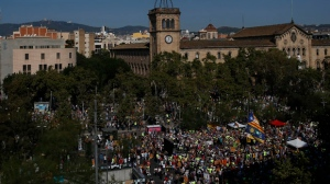 Protesters pack the University square in Barcelona, Spain, Sunday, Sept. 24, 2017. Thousands of Catalan separatists are rallying in public squares in Barcelona and other towns in support of a disputed referendum on independence of the northeastern region from Spain. Many are carrying pro-independence flags and signs calling for the Oct. 1 vote that the Spanish government calls illegal and has pledged to stop. (AP Photo/Manu Fernandez)