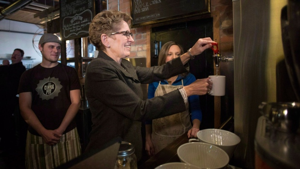 Ontario reforms labour law, boosts minimum wage