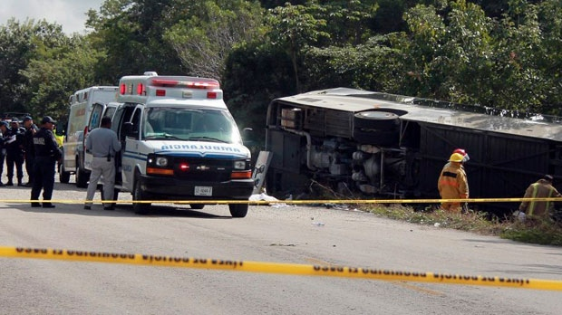 Mexico tourist bus crash leaves 12 dead, 20 injured
