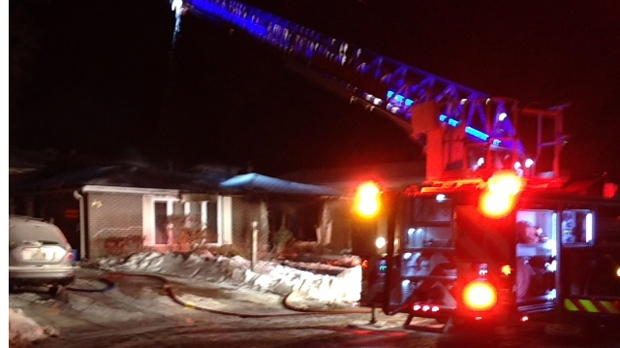 Woman dead after overnight house fire in SW Ontario