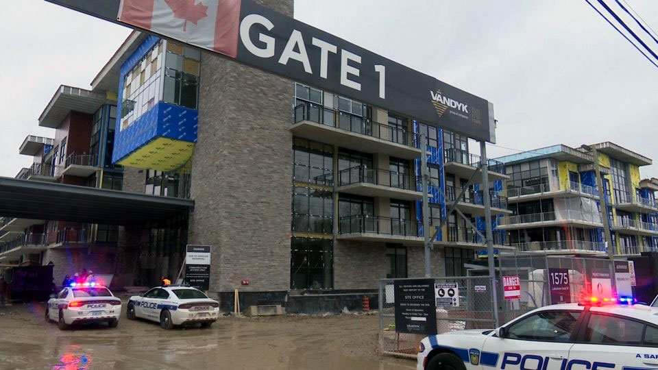 A 59-year-old man is dead after falling from a construction site in Mississauga. (Courtesy / Dave Ritchie)