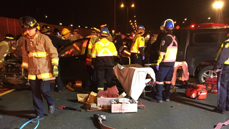 Emergency services respond to the scene of a multi-vehicle collision on the QEW near Cawthra Road Saturday January 27, 2018. (@Peel_Paramedics /Twitter)
