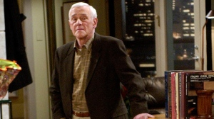 "In this March 23, 2004 file photo, John Mahoney, who stars as Martin Crane, appears on the set during the filming of the final episode of ""Frasier"" in Los Angeles. Mahoney's longtime manager, Paul Martino, said Mahoney died Sunday, Feb. 4, 2018, in Chicago after a brief hospitalization. The cause of death was not immediately announced. He was 77. (AP Photo/Reed Saxon, File)"
