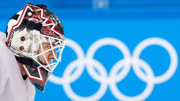 Canadian women take 1st Olympic hockey showdown against US