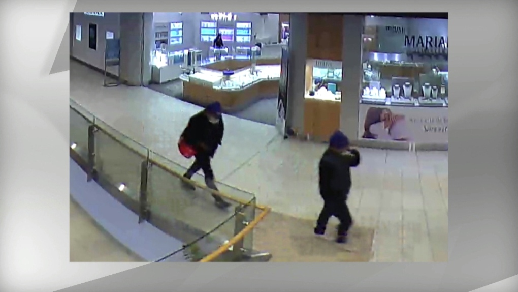 Images of Oakville jewelry store robbers released   CP24 com