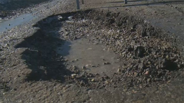 City planning weekend 'pothole blitz' amid expected bout of warmer weather
