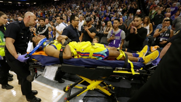 Vince Carter expresses regret over play that injured Patrick McCaw