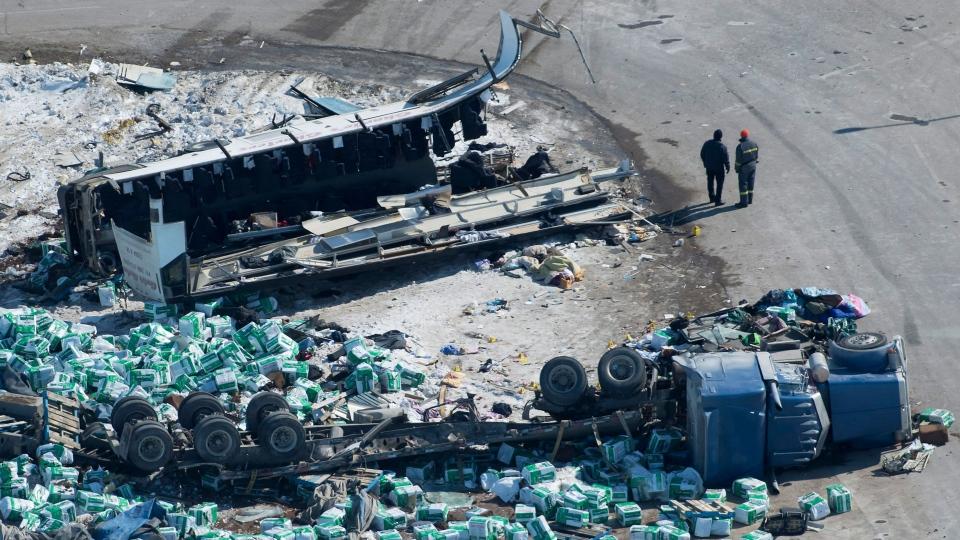 Cause of Saskatchewan bus crash that killed 15 still not clear RCMP