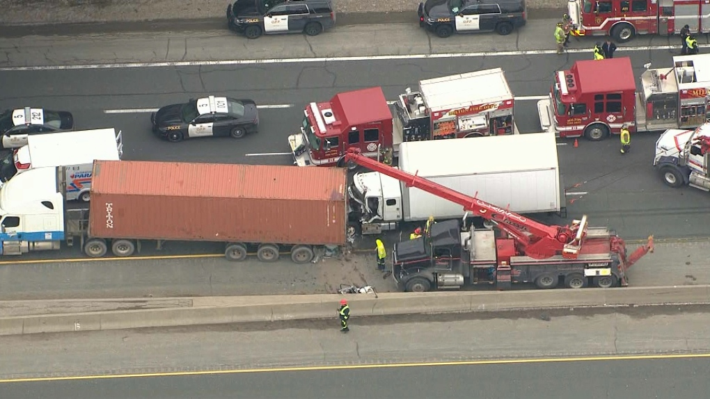 Truck driver seriously hurt in crash on Hwy  401 | CP24 com