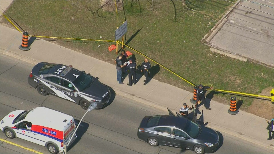 Police respond to a stabbing in the area of Eglinton Avenue and Kennedy Road Monday April 30, 2018.