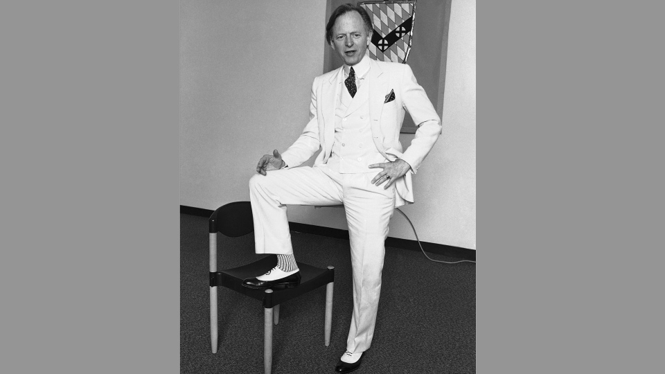 This November 1986 file photo shows author Tom Wolfe. (AP Photo, File)