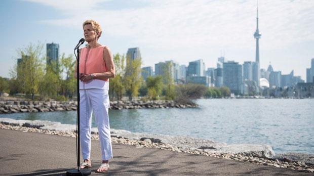 Former Premier Kathleen Wynne not running again in 2022