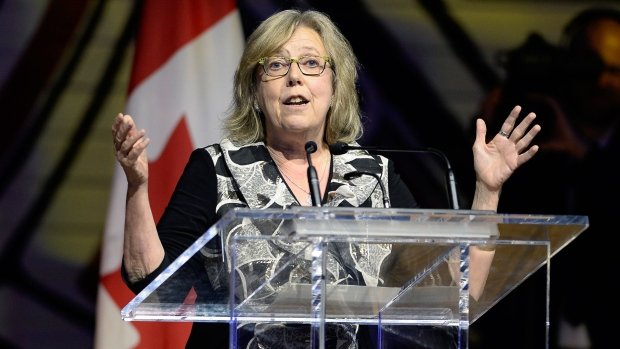 N.L. premier pleased Ottawa buying Kinder Morgan pipeline