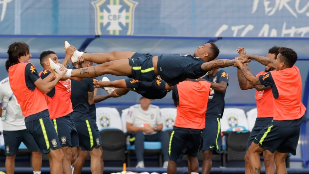 Why Fred did not play at all in Brazil's World Cup campaign
