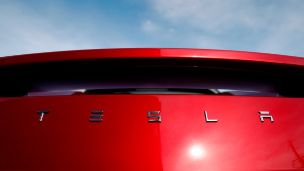 Ontario judge rules in favour of Tesla in rebate program dispute
