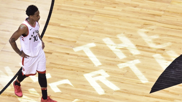 Former Raptor DeRozan says thank you to Canada on Instagram
