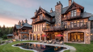 Former NHL superstar Mario Lemieux's chalet in Mont-Tremblant, Que. is shown in a handout photo.THE CANADIAN PRESS/HO-Nat Lapointe