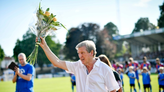 Hodgson signs contract extension with Crystal Palace ...