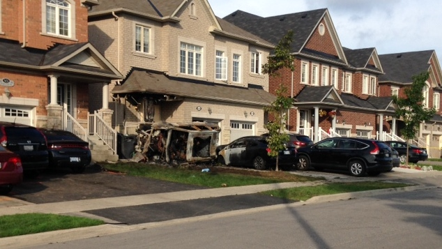 Three Hospitalized After Vehicle Crashes Into Brampton Home Cp24 Com
